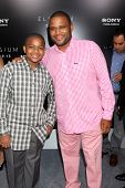 LOS ANGELES - AUG 7:  Anthony Anderson, son arrives at the