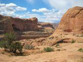 Entrada sandstone, Corona Arch Trail