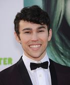 LOS ANGELES - MAR 12:  Max Schneider arrives to the
