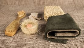 image of pumice-stone  - Small wooden spa set with sponge - JPG