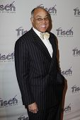 NEW YORK - Dezember 6: Dr. George Campbell besucht The Face of Tisch Gala in Frederick P. Rose Hall,