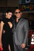 LOS ANGELES - 28 de AUG: Paloma Jiménez, Vin Diesel en el estreno de