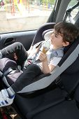 picture of ling  - Baby boy in car seat - JPG