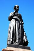 image of nightingale  - A bronze memorial statue of Florence Nightingale in Waterloo Place - JPG