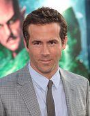 LOS ANGELES - JUN 15:  Ryan Reynolds arrives to the