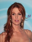LOS ANGELES - JUN 16:  Poppy Montgomery arrives to the 2011WIF Crystal & Lucy Awards  on June 16,2011 in Beverly Hills, CA