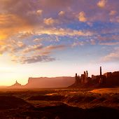 picture of indian totem pole  - Monument Valley Totem Pole sunrise at national Park Utah - JPG