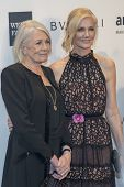 NEW YORK-FEB 5: Actors Vanessa Redgrave (L) and Joely Richardson attend the 2014 amfAR New York Gala