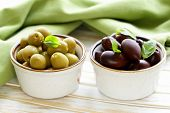 picture of kalamata olives  - marinated green and black olives  - JPG