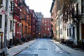 picture of brownstone  - New York City  - JPG