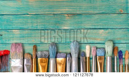 Retro paintbrush.