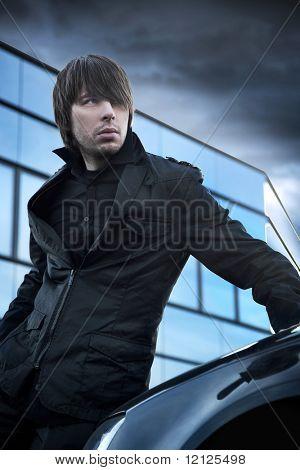 Постер, плакат: Мода стиль фото красивый парень, холст на подрамнике