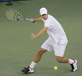 FLUSHING, NY - SEPTEMBER 10: Andy Roddick serves to Roger Federer during the US Open at the USTA Nat