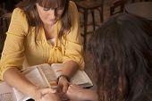 Estudio de la Biblia de la mujer