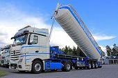 Mercedes-benz Actros Silo Truck