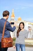 pic of two women taking cell phone  - Barcelona lifestyle people - JPG