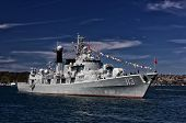 Chinese Destroyer PLANS Qingdao in Sydney