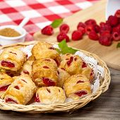 Raspberry pastries