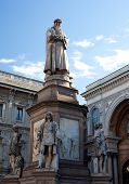 picture of leonardo da vinci  - Monument dedicated to Leonardo da Vinci Milan  - JPG