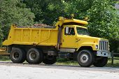 picture of dump_truck  - Yellow dump truck - JPG