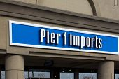 Pier 1 Imports Exterior Sign