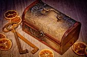 picture of treasure chest  - Vintage treasure chest with old metal keys - JPG