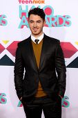LOS ANGELES - NOV 17:  Kevin Jonas at the TeenNick Halo Awards at Hollywood Palladium on November 17