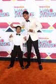 LOS ANGELES - NOV 17:  Benjamin Flores Jr., Nick Cannon at the TeenNick Halo Awards at Hollywood Pal