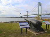 A 20-inch Rodman cannon at the Narrow Overlook facing Verrazano Bridge in Brooklyn