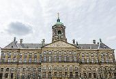 picture of dam  - The Royal Palace  - JPG