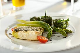 pic of halibut  - Halibut Fillet with Asparagus and Spinach - JPG