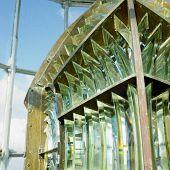interior, Fresnel lente del Faro Cayo Paredón Grande, provincia de Camagüey, Cuba
