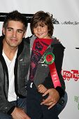 LOS ANGELES - NOV 27:  Galen Gering, son Dillon arrives at the 2011 Hollywood Christmas Parade at Hollywood Boulevard at Sycamore on November 27, 2011 in Los Angeles, CA