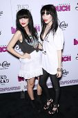 LOS ANGELES - SEP 7: Twin Sisters Lisa and Jessica Origliasso of the Veronicas at the In Touch VMA P