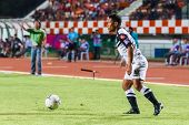 Sisaket Thailand-may 28: Pipob On-mo Of Chonburi Fc. (white) In Action During Thai Premier League Be
