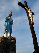 Statues of the crucified Jesus and Mary
