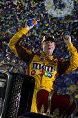 NASCAR: 01 de maio Crown Royal apresenta o Heath Calhoun 400