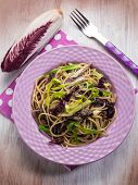 spaghetti with chicory and leek