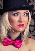 pic of cabaret  - beautiful cabaret woman wearing tophat bow - JPG