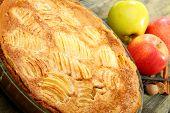Постер, плакат: Эльзасский яблочный пирог крупным планом