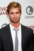 LOS ANGELES - JUN 17:  Drew Van Acker arrives at the