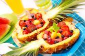 Ensalada de frutas en piña
