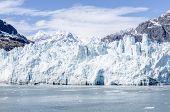 picture of arctic landscape  - Marguerite Glacier in Glacier Bay National Park Alaska - JPG