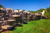 pic of old stone fence  - Traditional stone fence in Kentucky - JPG