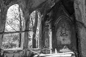 picture of pentagram  - The ruins of the Gothic buildings - JPG