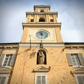 pic of sundial  - Parma Italy  - JPG