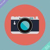 Vintage Camera Icon - vector illustration