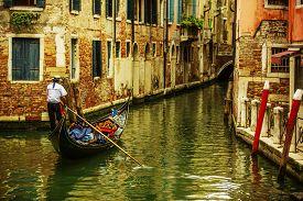 picture of tenement  - Venice - JPG