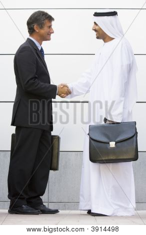 Middle Eastern And Western Business