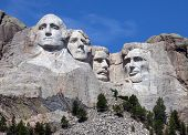 picture of stone sculpture  - Mount Rushmore National Monument in South Dakota - JPG